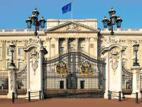 'Open Buckingham palace to the public more often'