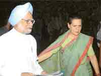 PM, Sonia Gandhi concerned about YSR