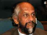 Pachauri admits error in IPCC report
