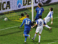 Azzurris clash against Slovakia-source--http://italysfootball.files.wordpress.com/