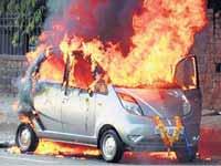 Tata Nano (Mar 2010) fire