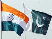 India-Pakistan flags