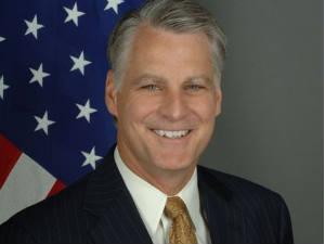Timothy J Roemer