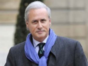 French Civil minister