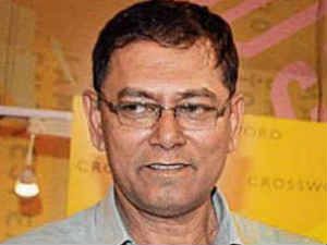 Veteran investigative journalist Jyotirmoy Dey