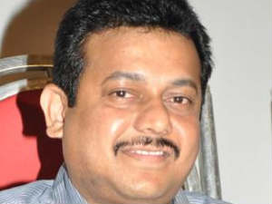 Chief Operating Officer of Sun Pictures, Hans Raj Saxena