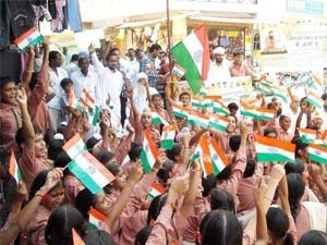 Hazare supporters outside Tihar jail