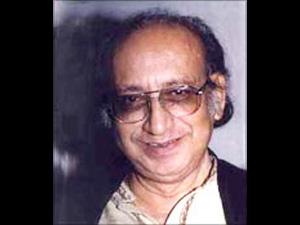 Late Kamal Amrohi, father of Shandar Amrohi