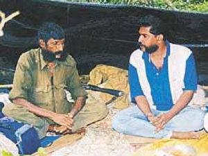 Nakkheeran's Editor R R Gopal in talks with slain bandit Veerappan