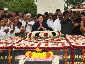 J Jayalalithaa offering a garland at the MGR's memorial hall on his birthday