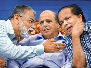 ISRO head K Radhakrishnan with former chairman G Madhavan Nair