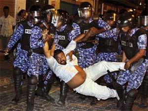 Chaos in Maldives