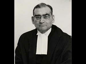 Katju on reporting crimes on women