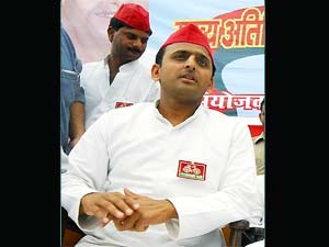 SP young gun Akhilesh to be made UP CM?