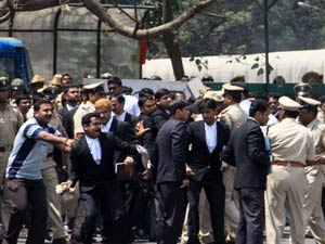 Lawyers protest in Bangalore