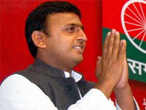 Should Akhilesh come out of Dad's shell?