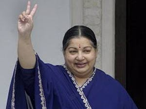 Jaya, Sasi stick together in their fight