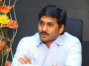 Blow for Jagan as auditor surrenders