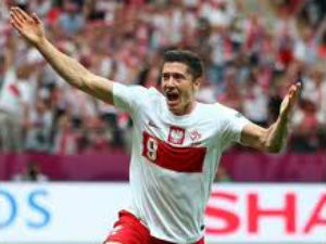 Poland braced for high-octane Russian clash