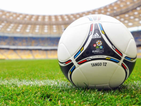 Euro Cup 2012 reminds of throes of Euro debt crisis
