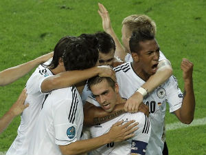 Euro 2012: We can beat Italy in semi-final: Mesut Ozil