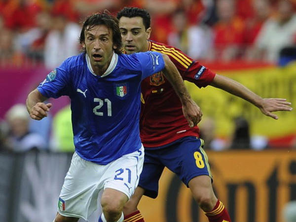 Pumped Italy take on clumsy Spain