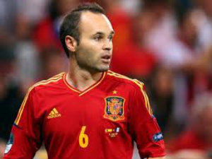 Euro 2012: Andres Iniesta named player of the tournament