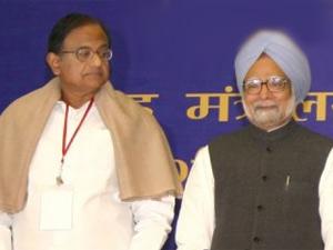 Chidambaram with Manmohan Singh