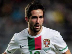 Porto demand £30 million for midfielder Joao Moutinho
