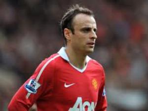 Dimitar Berbatov shines in Manchester United win