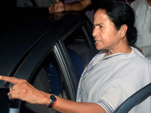 Fuel hike: Mamata warns of confrontation