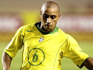 former brazil star roberto carlos retires from football fifa roberto carlos retires to become anzhis director 300x225
