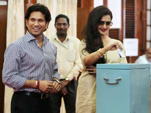 Sachin, Rekha vote in Vice-Prez poll