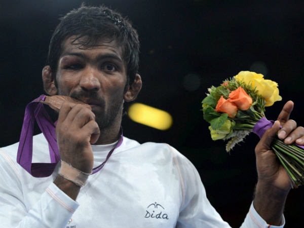 Yogeshwar Dutt with his London Olympics 2012 bronze medal