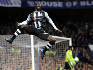 EPL 2012-13: Newcastle beat Spurs 2-1