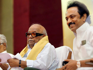 Court summons Karunanidhi, Stalin