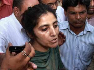 Geetika killed self: Aruna Chaddah
