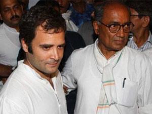 Rahul Gandhi with Digvijay Singh