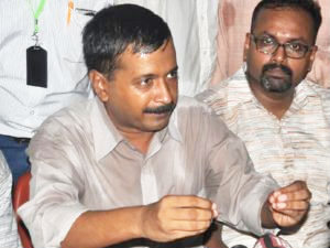 Kejriwal hopeful of Anna's support