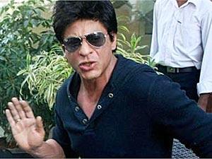 Shahrukh Khan hand