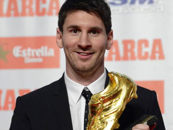 Messi wins second Golden Boot award