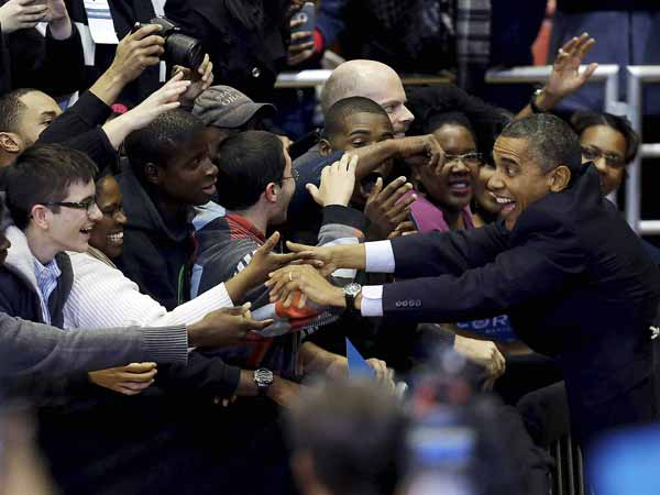 Popular President Obama reaches out to his supporters