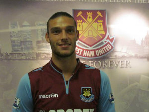 EPL: Tottenham eye Andy Carroll