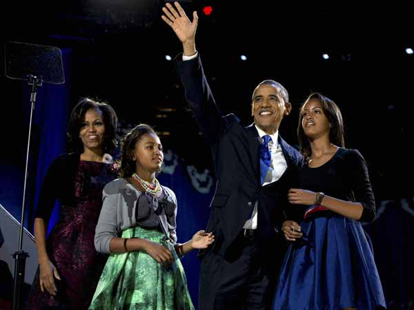 The winning team--Obama with his family