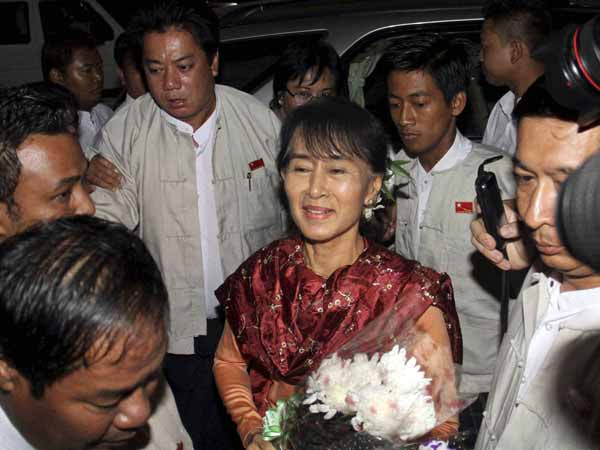 Suu Kyi comes back to India after 40 yrs