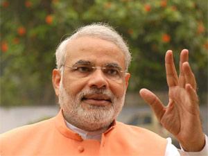 Urban India prefers Narendra Modi: Poll
