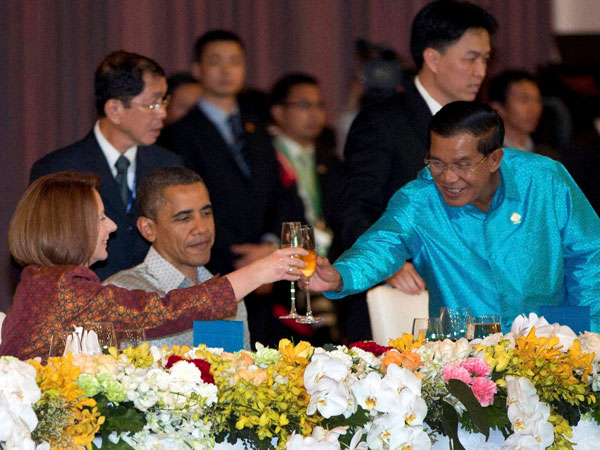 Obama with Oz and Cambodia PM