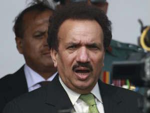 India asks Pak to defer Malik's visit