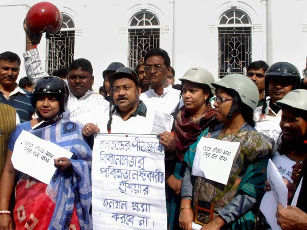 WB assembly fight: MLAs wear helmet