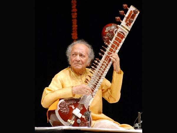 Pandit Ravi Shankar passed